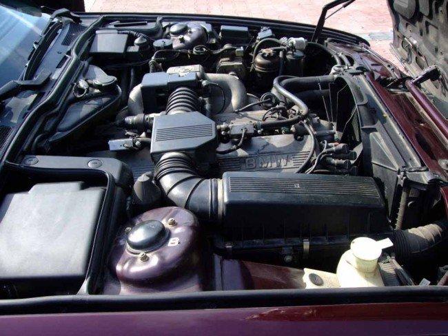 Двигатель БМВ М30