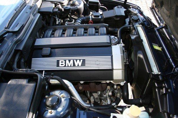 Двигатель BMW M50
