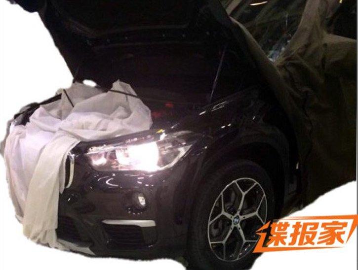 Появились фотографии бюджетного кроссовера BMW X1