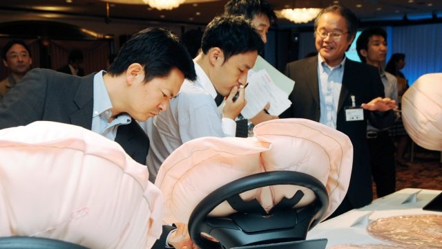 BMW отозвал 130 тыс. автомобилей из-за неисправностей в подушках безопасности