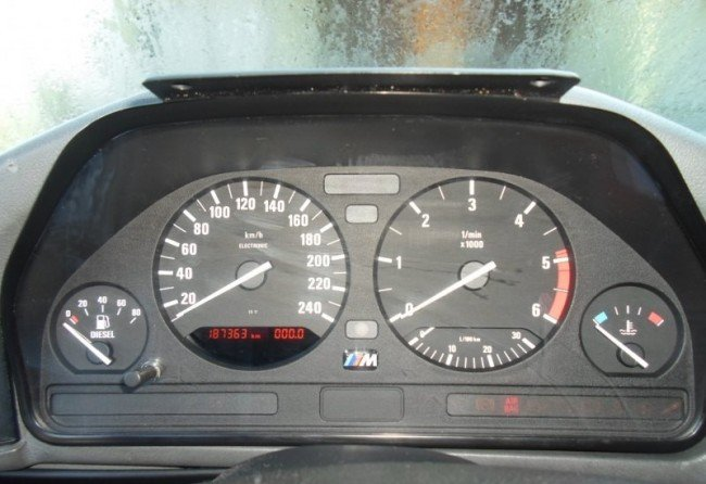 Тахометр BMW 525tds e39