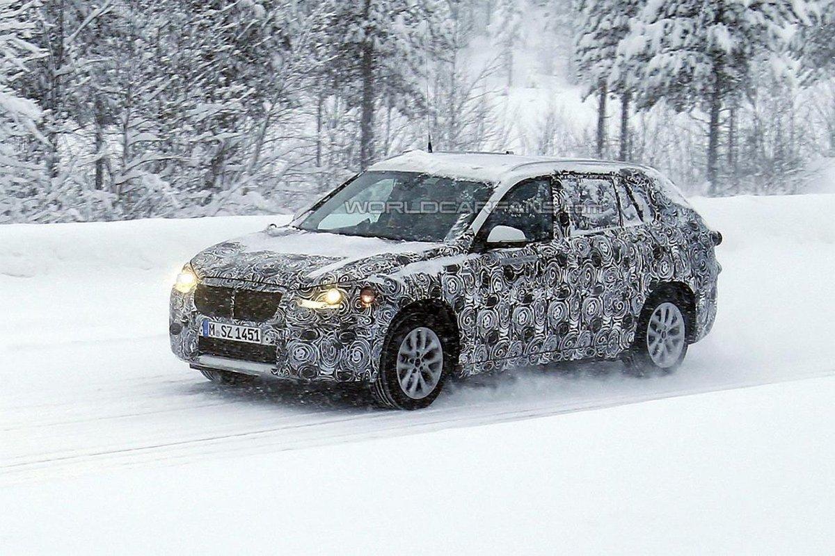 Обновленный BMW X1 получит гибридную версию