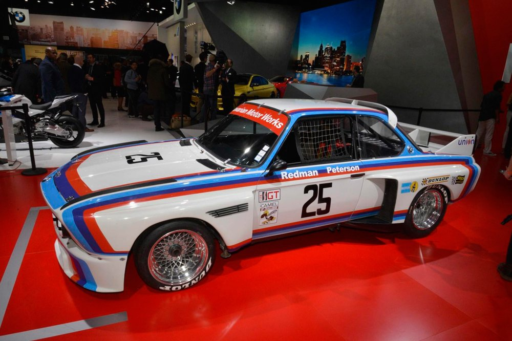 BMW возродили легендарный гоночный автомобиль 3.0 CSL