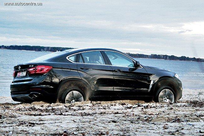 Автомобиль BMW X6: вид сбоку