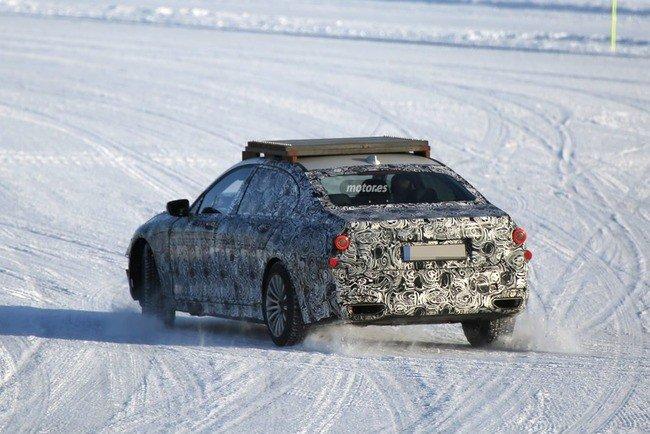 BMW X7 шпионские фото