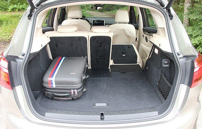 BMW 2-й серии - интерьер, вид сзади