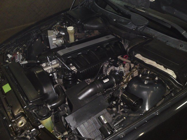 БМВ Е39 под капотом