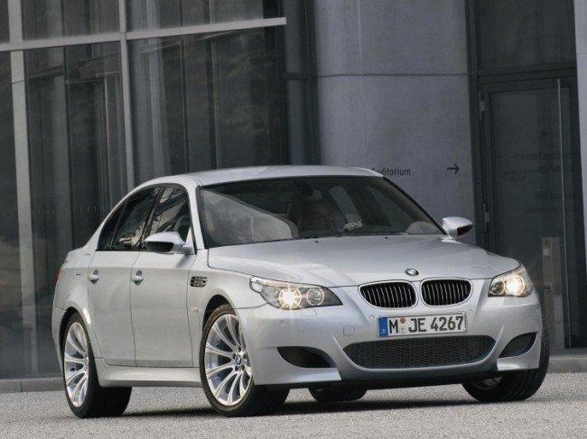 Автомобиль BMW E60