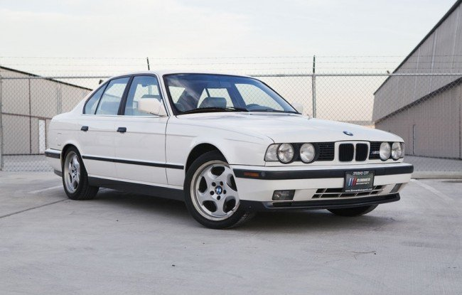 Alpine White 1991 E34 M5