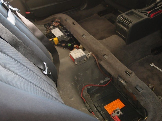 аккумулятор в BMW E34