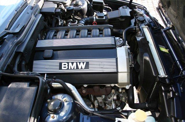 Под капотом у BMW E34