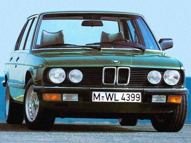 BMW 528i E28 5er вид спереди