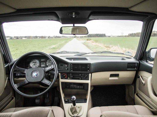 Классический интерьер BMW 520i E28 5 Series