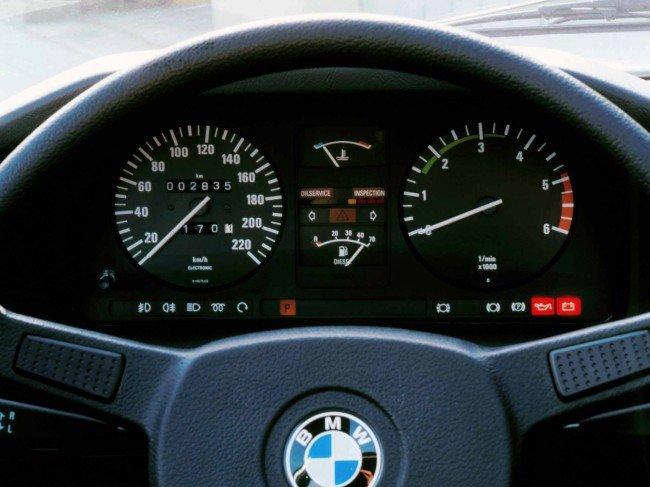 Панель приборов BMW 524td E28 5 Series