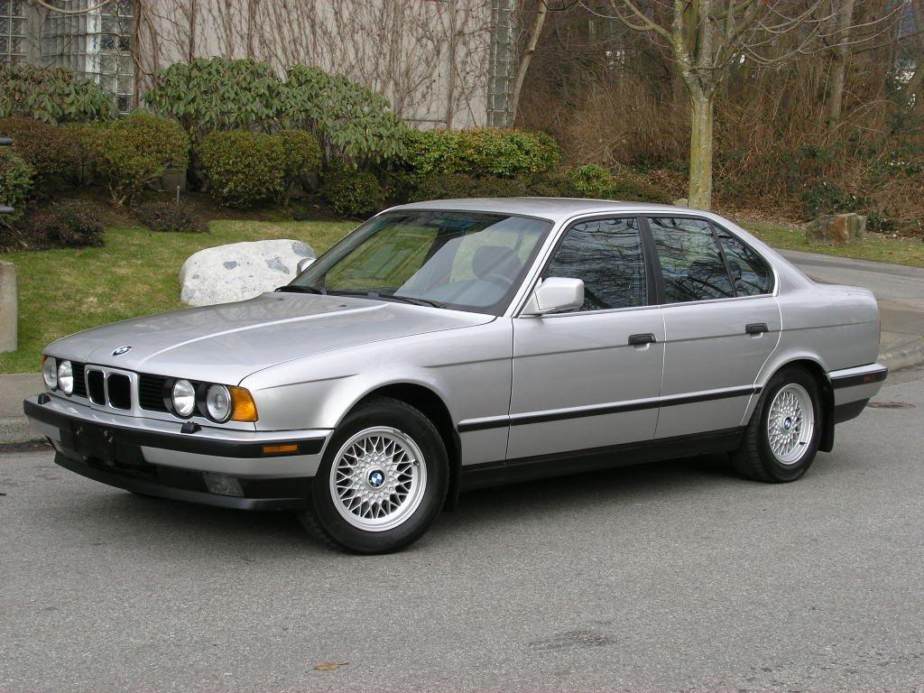 Схема расположения и расшифровка предохранителей на BMW E34