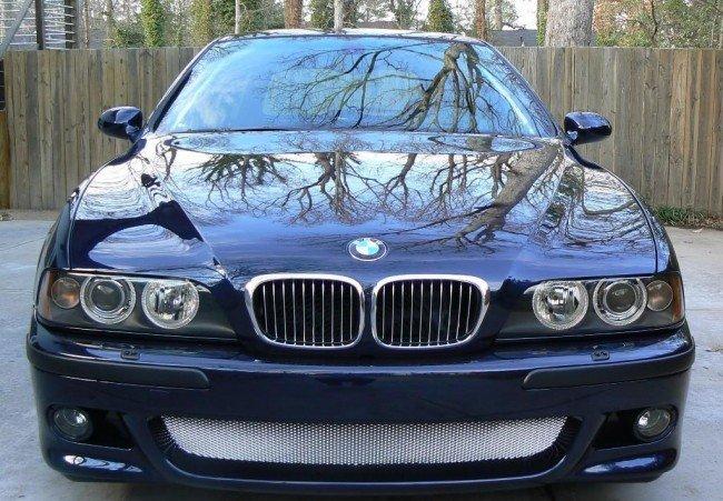 BMW E39 вид спереди