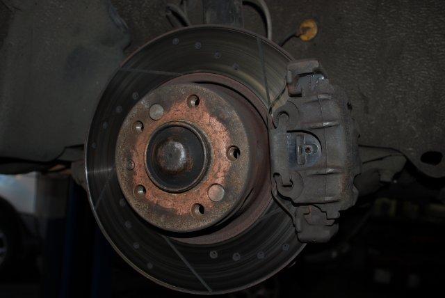 Тормозной диск с колодками