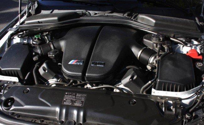 Двигатель V10 BMW M5 E60