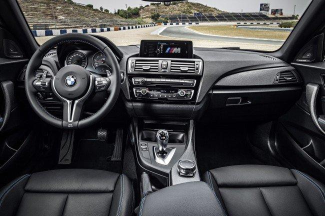 Салон купе BMW M2