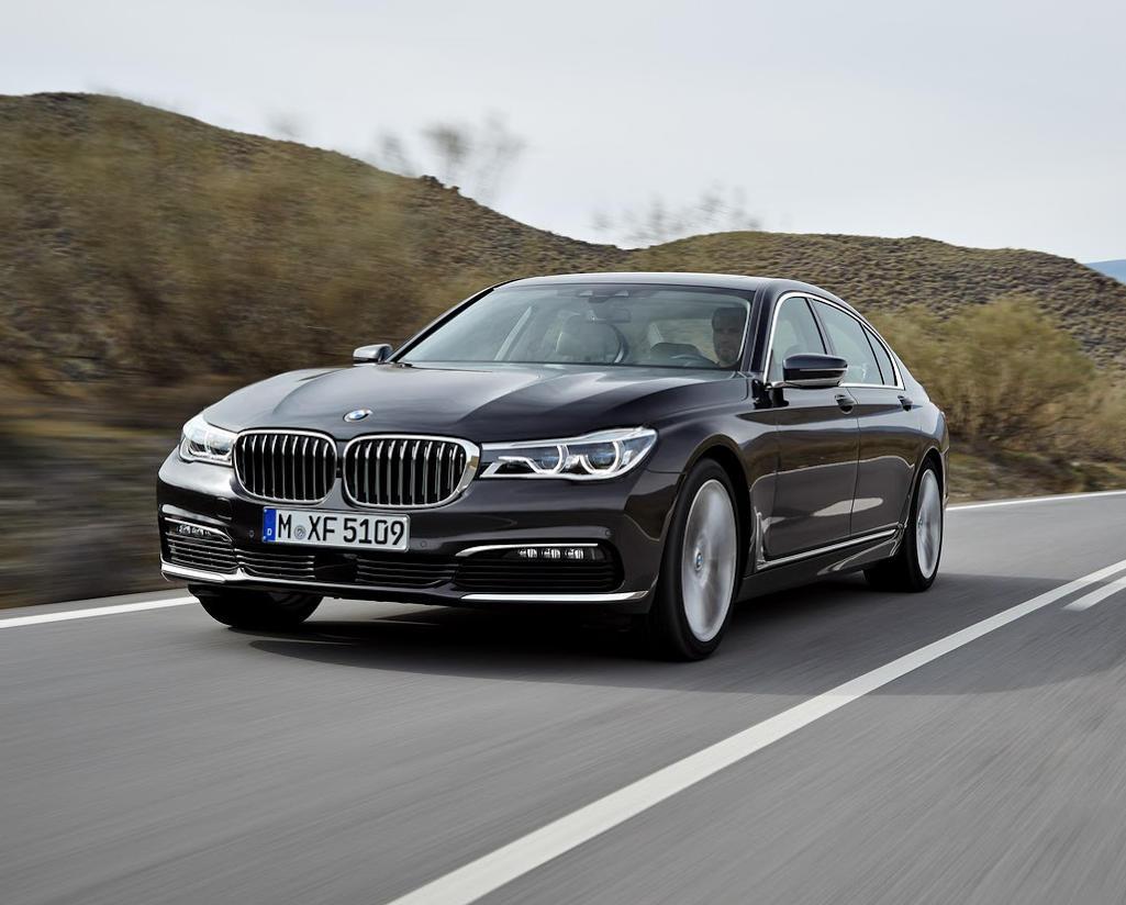 Встречайте новый бутик BMW на Красной Площади