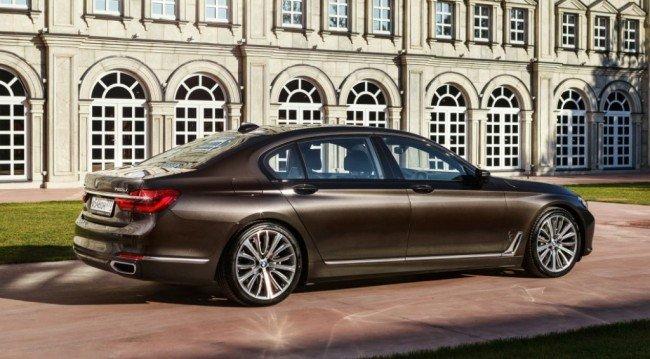 BMW 7 Series, вид сбоку