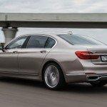 BMW 7 Series, вид сзади