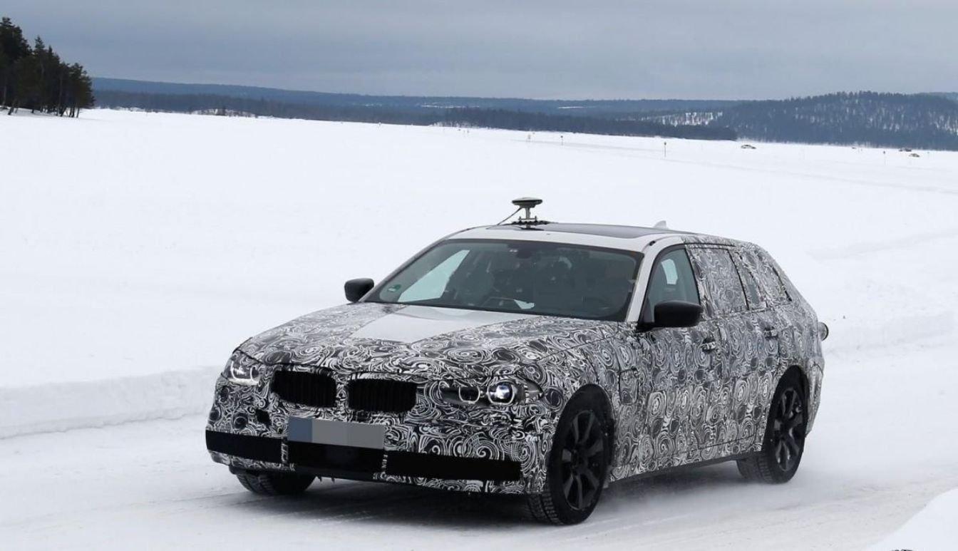 На дорожные тесты BMW отправил 5 Series Touring 2017