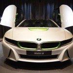 BMW i8 от Abu Dhabi Motors, вид спереди