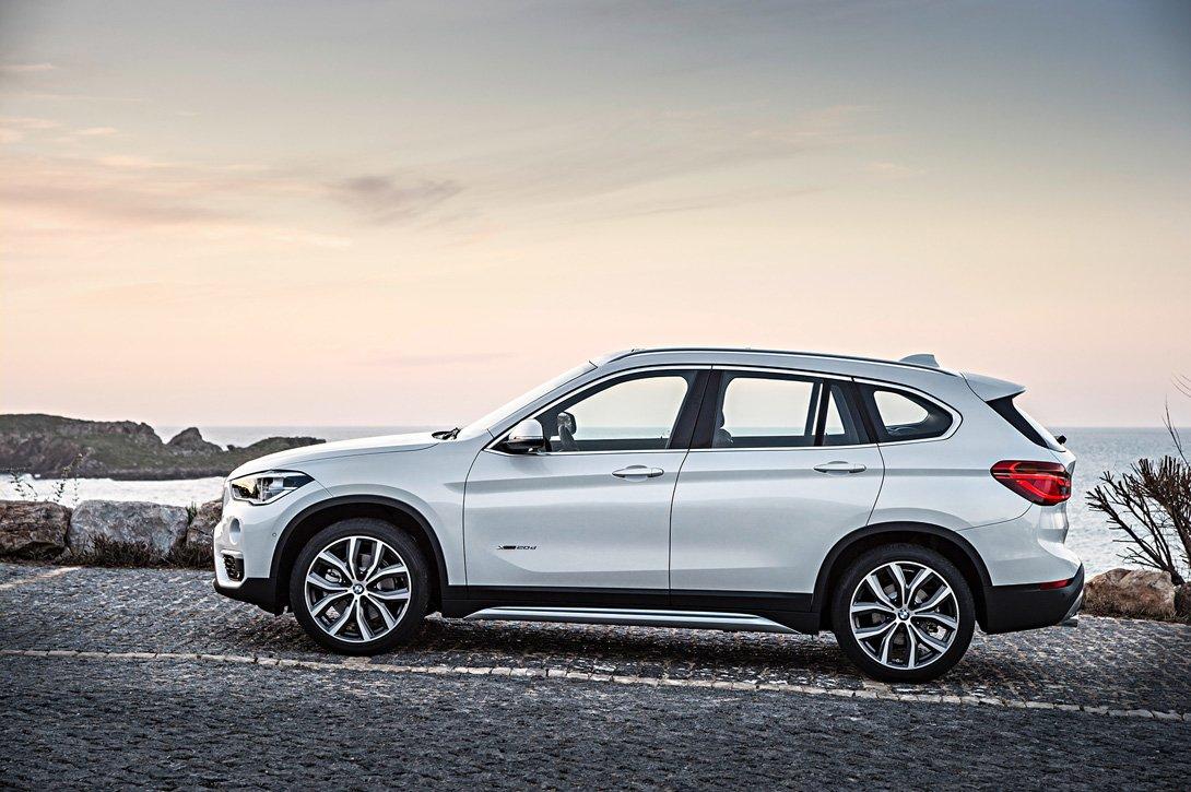Начались тесты нового кроссовера BMW X1 с гибридной установкой