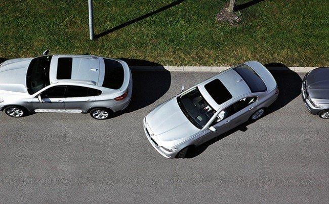 Парковка автомобилей