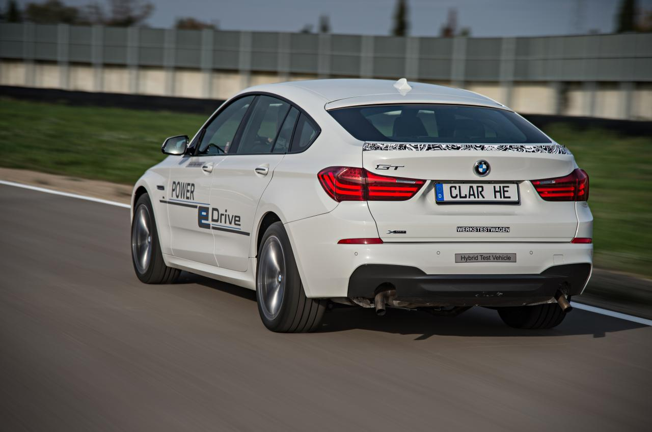 BMW представила гибрид 5 Series GT eDrive